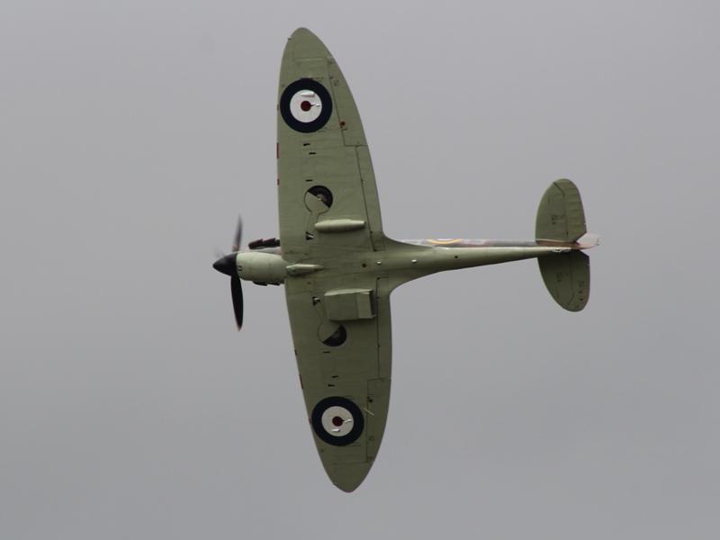 Spitfire Mk IIa serial P7350 (@P. Righart van Gelder)