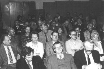 De aanwezige luisterde aandachtig (SGLO – collectie Truren)