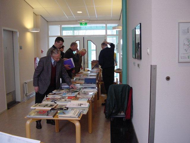 De boekendienst mocht niet ontbreken (SGLO – Archive)