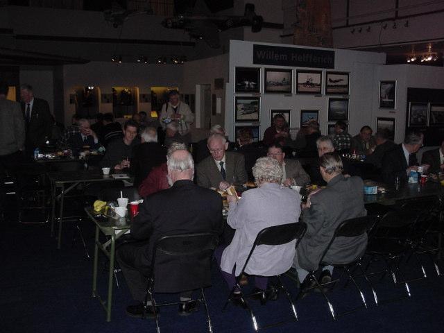 De gezamelijke lunch (SGLO – Archive)