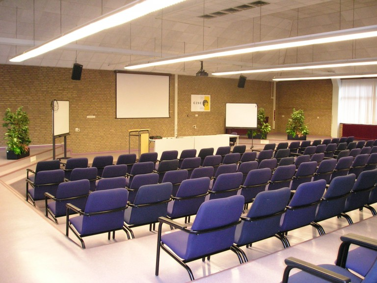 De zaal is er klaar voor (SGLO – Archive)