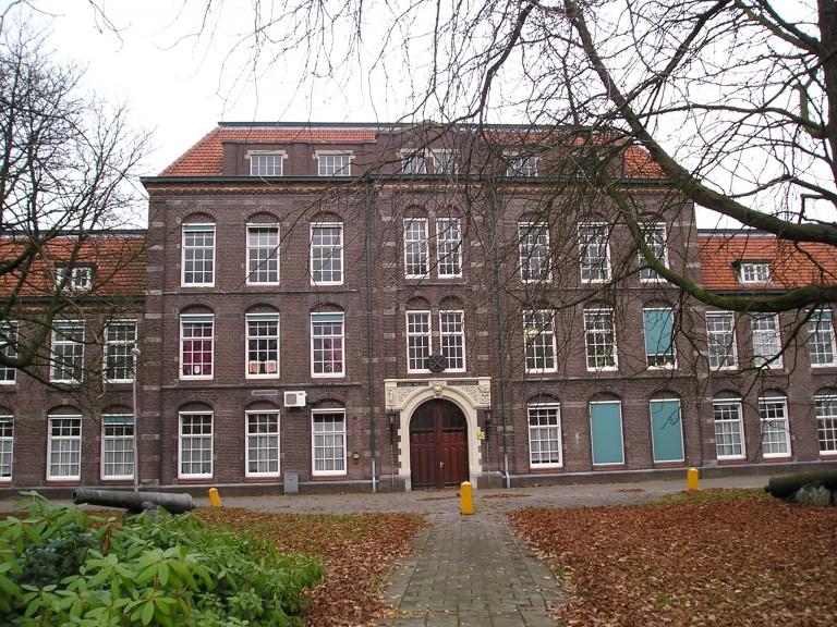 Een van de schitterende oude gebouwen op het terrein (SGLO – Archive)