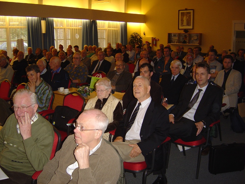 Volle zaal in het veteraneninstituut (SGLO – Archive)