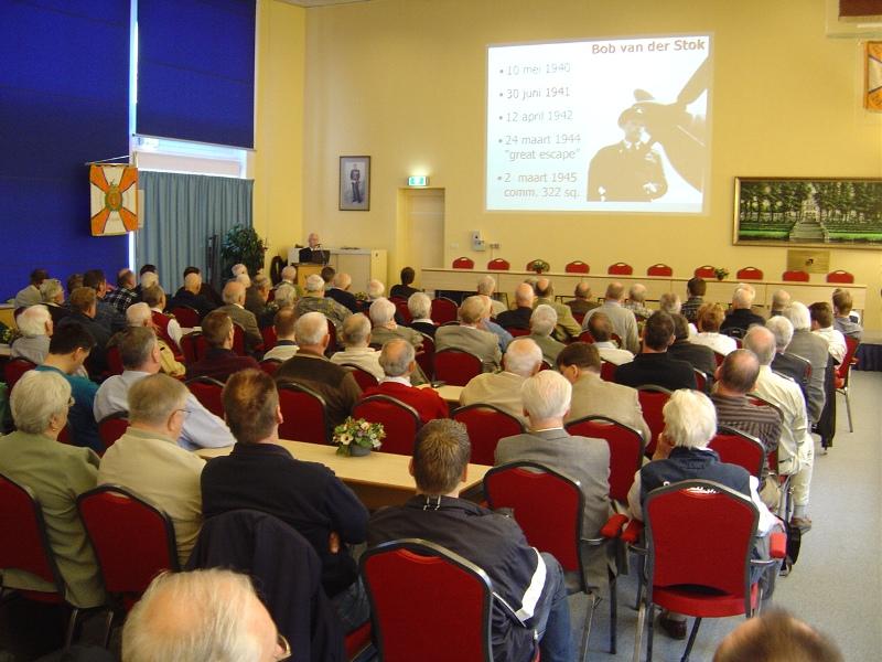 Leo Hendricx tijdens zijn lezing over Engelandvaarders (SGLO – Archive)
