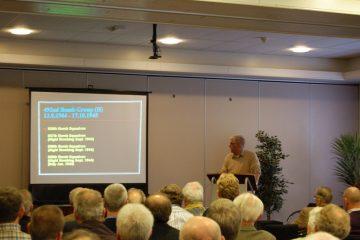 Huub van Sabben tijdens zijn lezing over de Carpetbaggers (SGLO – Archive)