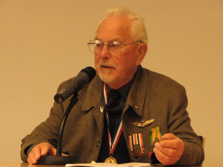 Dhr van der Graaff over zijn ervaringen bij de KNLIM en 18 SQN (SGLO – Archive)