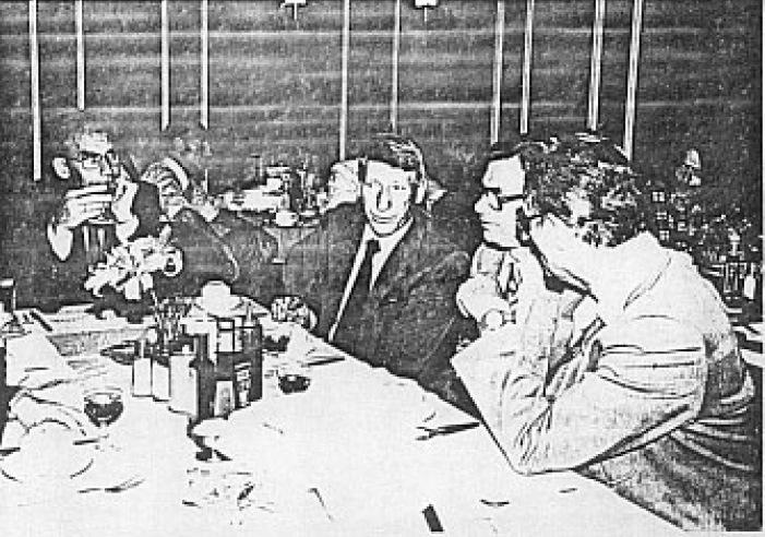 Wat zou vriend Zwaaf te vertellen hebben aan zijn tafelgenoten? (SGLO – Archive)