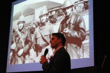 Hans Nauta tijdens zijn presentatie over De Kooy (SGLO – Archive)