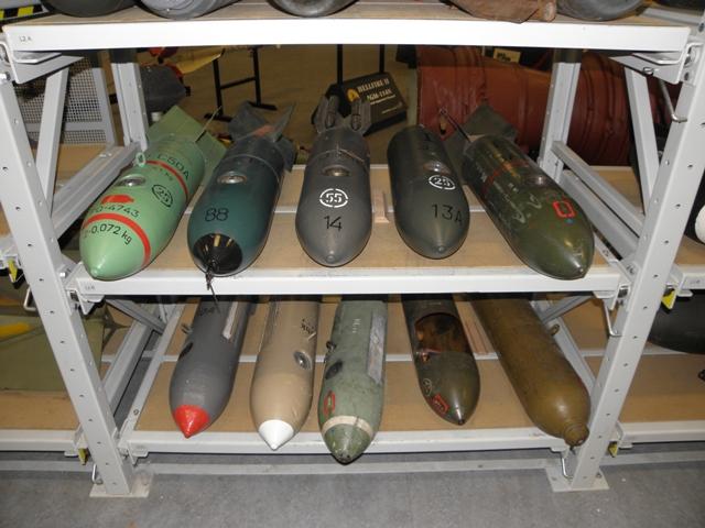 Vliegtuigbommen in alle soorten en maten (SGLO – @Wijbe Buising)