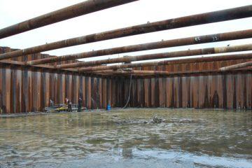 In totaal werd 4000 kubieke meter water weggepompt (@Arie Kappert / Ministerie van Defensie)