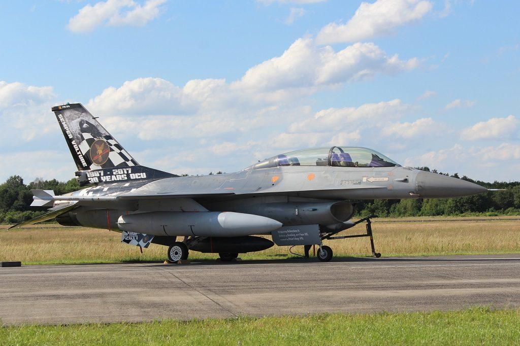 Belgische F-16BM (SGLO - @P Righart van Gelder)
